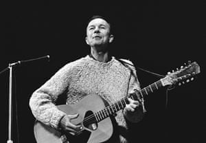 Pete Seeger: Seeger performing at a concert in honour of Paul Robeson
