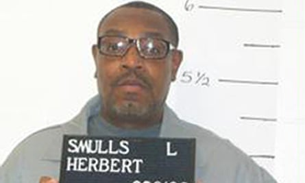 Herbert Smulls was granted a stay of execution.