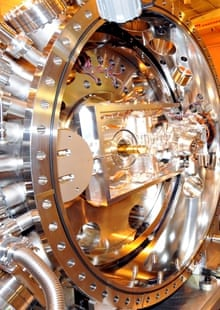 Diamond: Britain's answer to the Large Hadron Collider