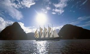 windjammer sailing in Polynesia