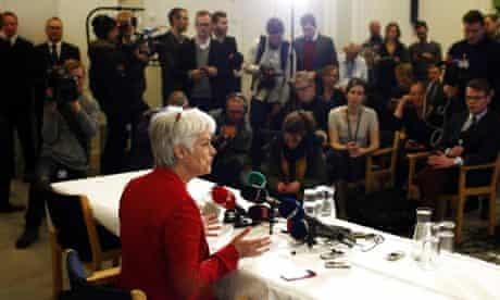 Annette Vilhelmsen announces resignation 30/1/14