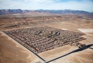 Desert housing block, Las Vegas, Nevada, USA 2009