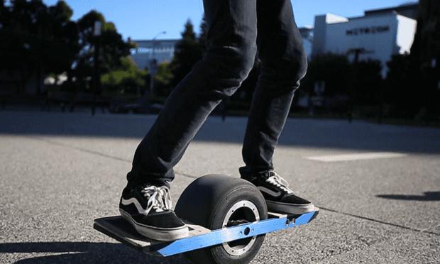Onewheel balancing board