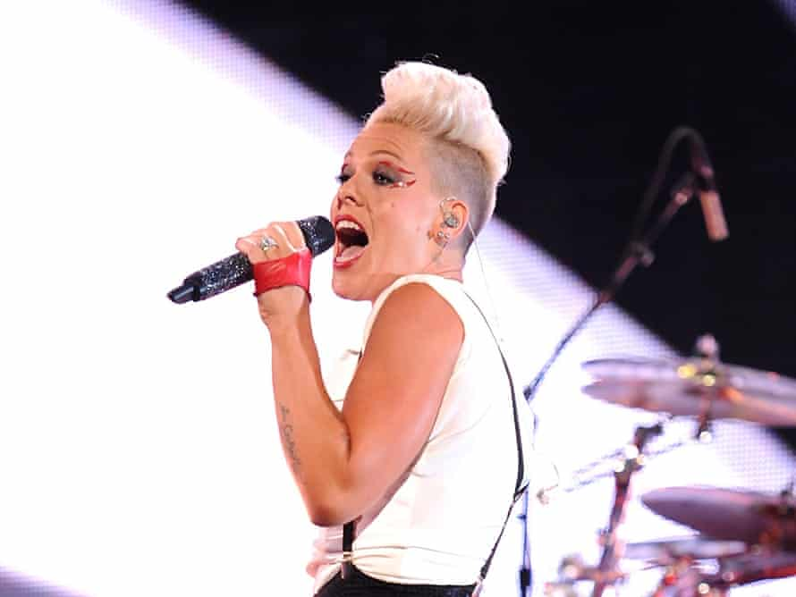 Putting in the hard yards ... Pink plays the MTV awards.