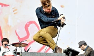 Kaiser Chiefs peforming in 2012.