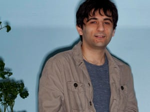 Arash Ferdowsi in the DropBox head office