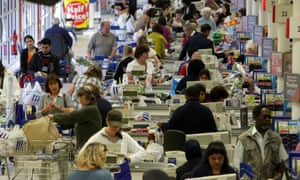 Tesco boss Dave Lewis wants head office staff tio work the tills or stack shelves