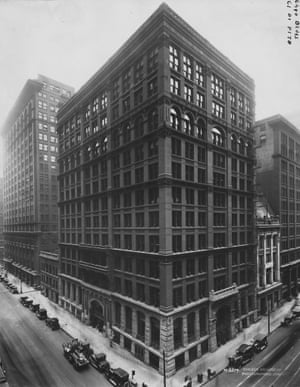 Chicago's Home Insurance Building, widely considered to be the world's first modern skyscraper.