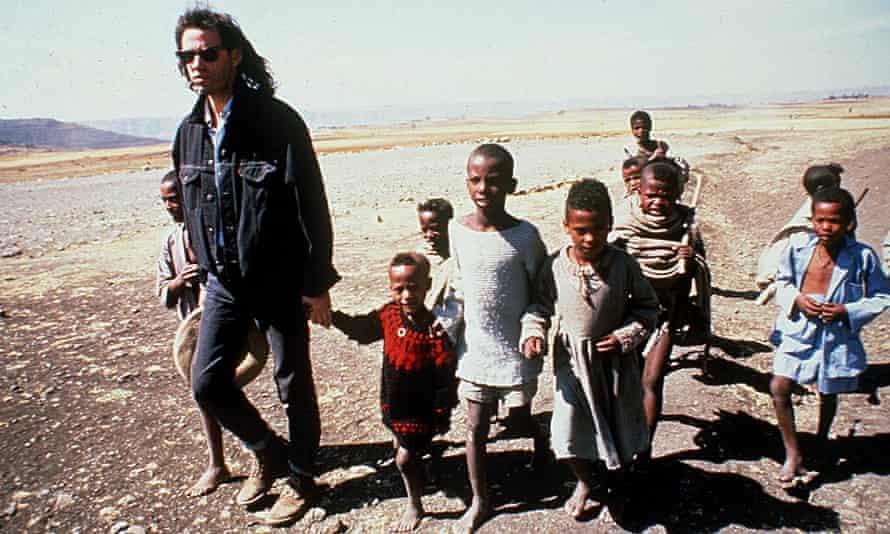Bob Geldof with Ethiopian children