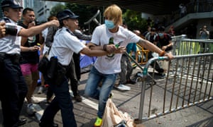 Hong Kong: Anti-Occupy Central protester