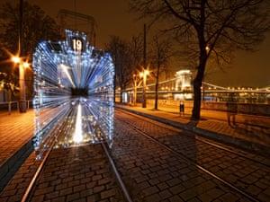22.00 - Szabolcs Simo - Christmas Tram