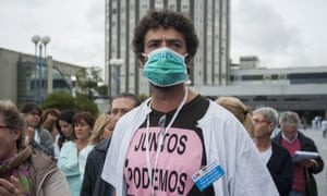 Spanish nursing staff protest over healthcare cuts. A flurry of complaints of scant Ebola training by health workers has led Madrid's top prosecutor to launch an investigation.