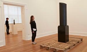 Steve McQueen sculptures Broken Column