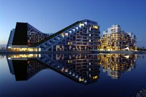 The 8 House (8-tallet) building. Copenhagen, Denmark