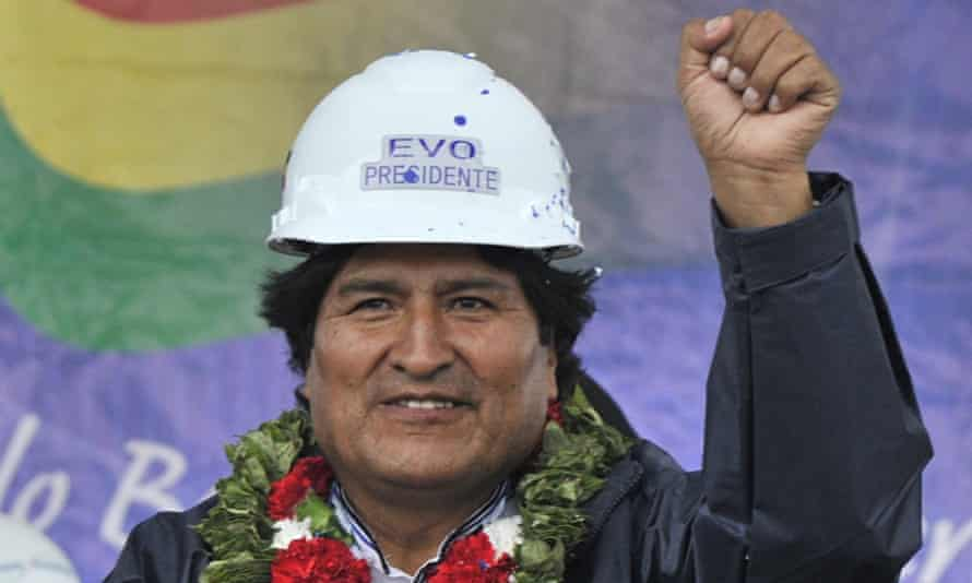 Evo Morales campaigns for the presidency