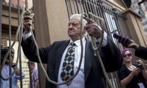 Man holds noose outside Pistorius trial