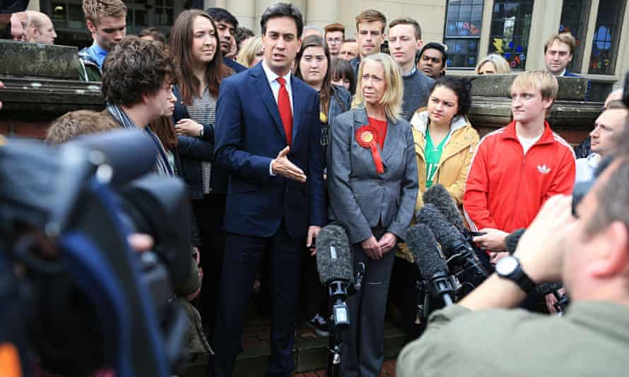 Ed Miliband with his party's newest MP, Liz McInnes