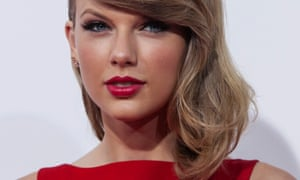 Taylor Swift says Out of the Woods has deliberately been held back in the UK iTunes Store.
