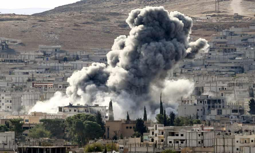 Isis air strikes Kobani
