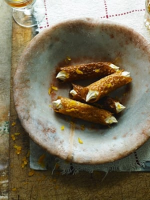 Brandy snaps filled with whisky cream: retro, but irresistable...