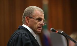 Prosecutor Gerrie Nel addresses the court.