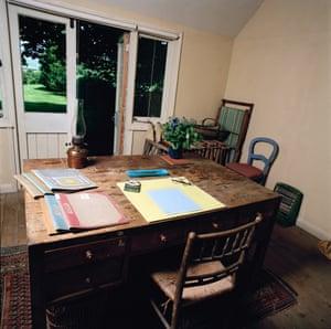 Virginia Woolf shed