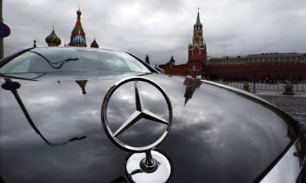 Mercedes cars sell all over the world because of their engineering, but the company is falling behind on superior software.'