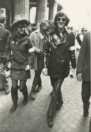 Paul Getty Jr and wife Talitha Pol protest against the Vietnam War, Rome, 1969.