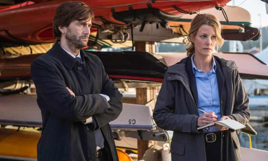 David Tennant as Detective Emmett Carver and Anna Gunn as Detective Ellie Miller in the series premiere of Gracepoint