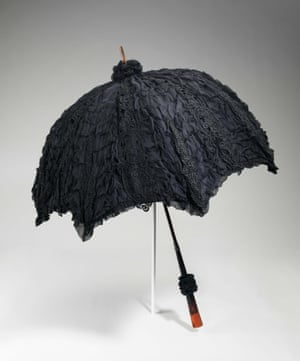 A mourning parasol made of silk, wood and tortoiseshell.