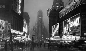 1940s New York: a striking contrast to the stagnation of Ireland.