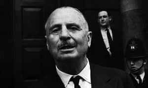 Sir Oswald Mosley outside Old Street Magistrates Court, London, August 1962