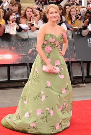J.K. Rowling'Harry Potter and the Deathly Hallows: Part 2' World Film Premiere wearing Oscar De La Renta