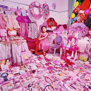 Jungwon and Her Pink Things, 2011.