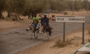 The road to the famously remote town of Timbuktu in Mali