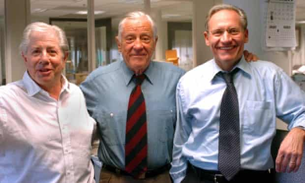 Ben Bradlee, centre, with Watergate reporters Carl Bernstein, left, and Bob Woodward in 2005.