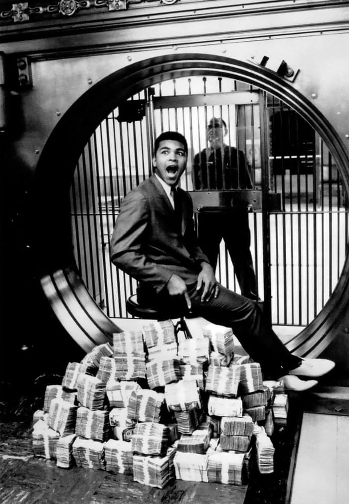 Muhammad Ali 25 Of The Best Photographs Of The Legendary Boxer Sport The Guardian
