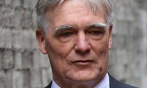 Tesco chairman Richard Broadbent resigned on 23 October 2014.