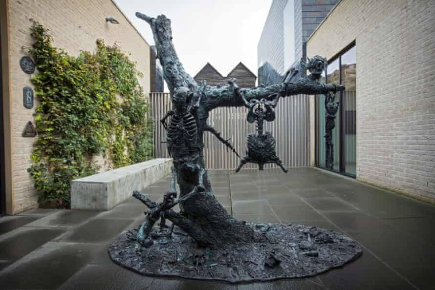 The brothers' Goya-based sculpture.