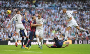 Five minutes into the second half there's a free header for Pepe as a corner's hit long. The Real Madrid defender batters a header into the left-hand side of the net from ten yards