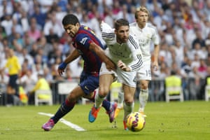 Luis Suarez is finding it difficult to make headway against the Real defence
