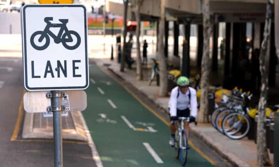 cycling in Brisbane, Australia