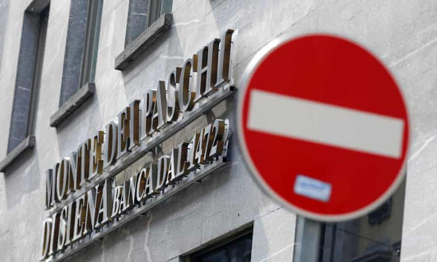 Shares in the world's oldest bank, the Monte Dei Paschi di Siena, have been suspended.