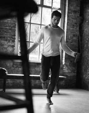 Jamie Dornan skipping