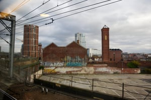 The view of Leeds as the train approaches the station