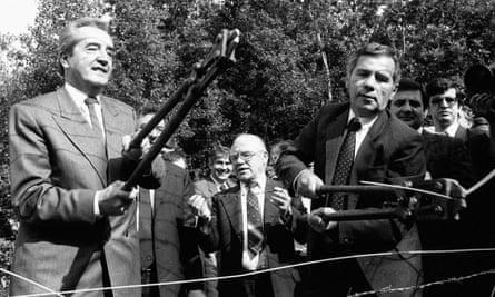 1989 cutting iron curtain Hungary