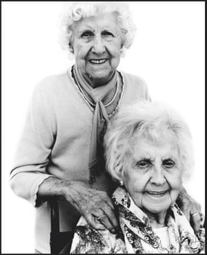 """Edith """"Edie"""" Cashman and her sister Emily Crotty"""
