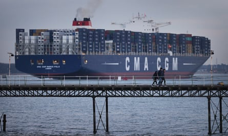 container ship Leaves Southampton
