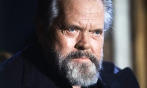 Orson Welles during a press conference in Paris in 1982.