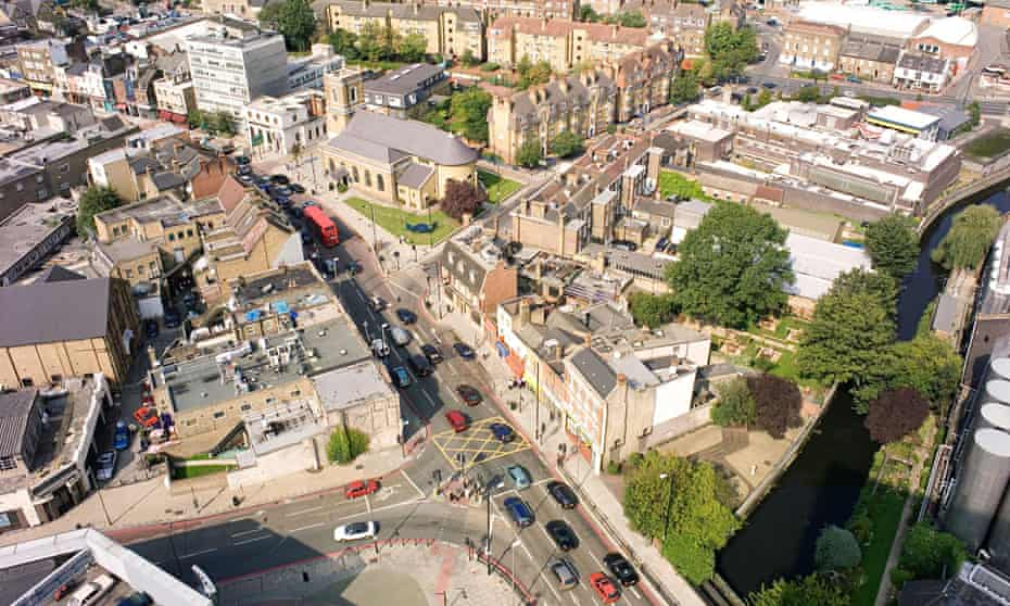 Aerial Photograph of Wandsworth one way system and Church looking West